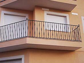 Galer A Carpinter A Met Lica Sevilla 954403693